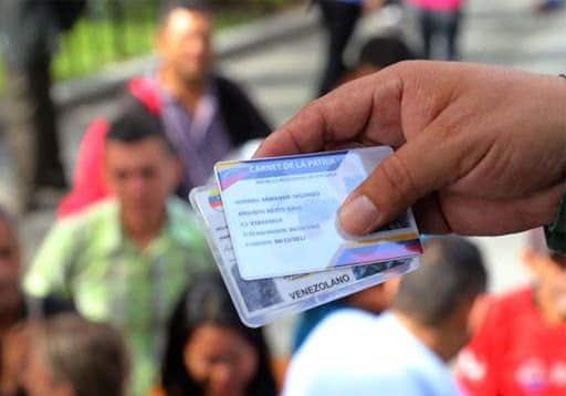 """Empieza entrega del """"Bono Economía Familiar"""" mediante el Carnet de la Patria"""