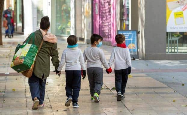 Maduro permitirá que niños salgan a las calles a partir de este 26 de Abril
