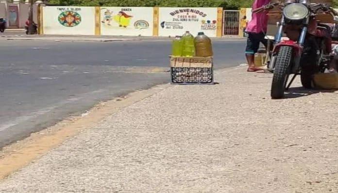 Cuidado con esta Estafa al Comprar Gasolina en la Calle (+Videos)