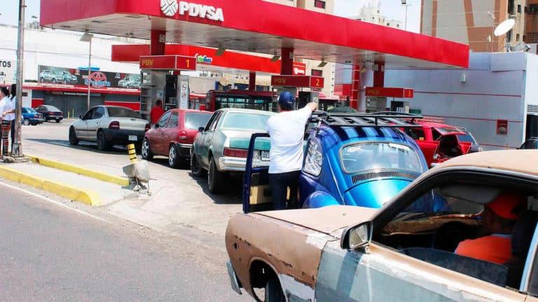 Nicolas Maduro aumenta el precio de la gasolina a Bs. 5 mil el litro (Condicionada)