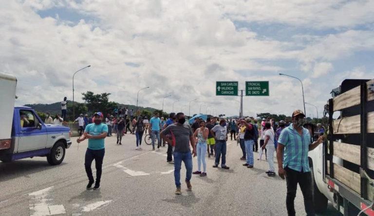 Colas, detenciones y protestas por gasolina en todo el país (+Fotos)