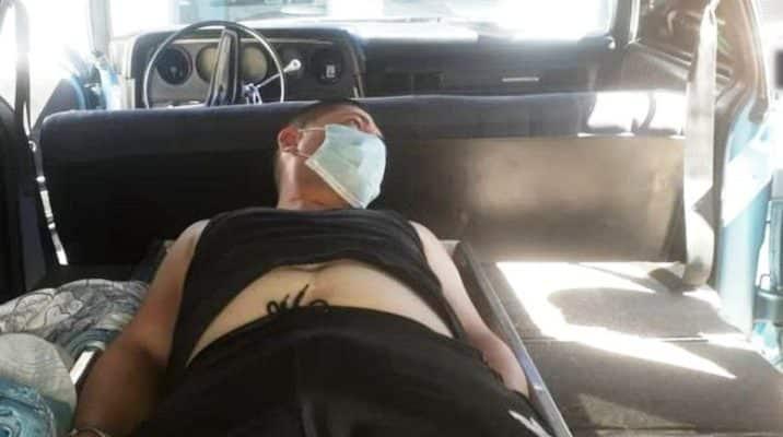 Detenido un hombre por fingir que estaba muerto para que su pareja pidiera ayuda para surtir gasolina