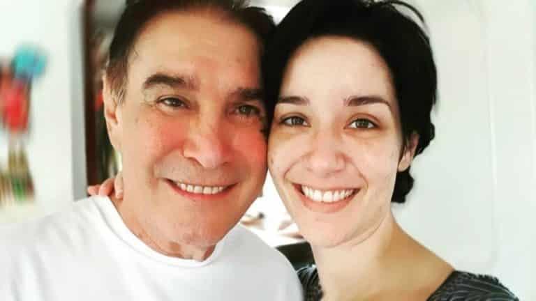 """Daniela Alvarado se hace un hermoso tatuaje """"ahora somos un solo corazón papá"""" (+Fotos)"""