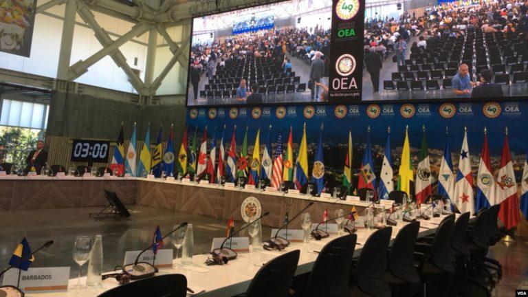 Perú aprueba una resolución a favor de los Venezolanos