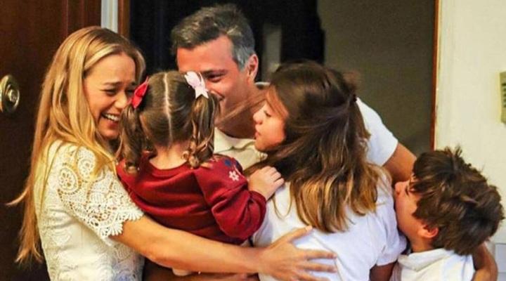 Vídeo muestra a Leopoldo López y su familia en cancha de tenis (VIDEO)