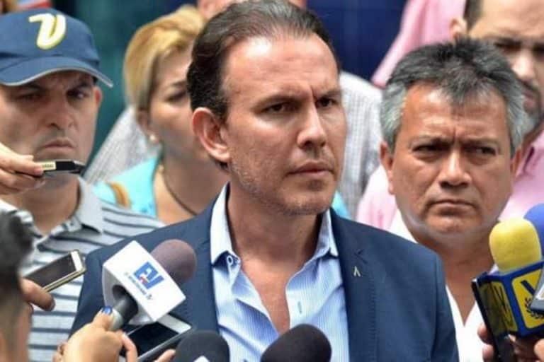 """Diputado de la AN, envía mensaje a los venezolanos, debido a la muerte de su padre por coronavirus : """"El covid-19 mata, cuídense"""""""