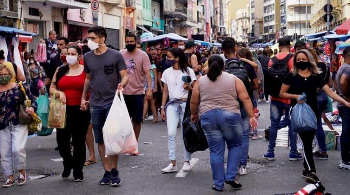 Tras cerrar el mes más mortífero de la pandemia Brasil comenzó abril con 3.769 nuevos muertos en un día