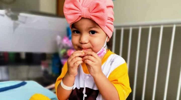 Niña venezolana en Ecuador necesita un trasplante de médula