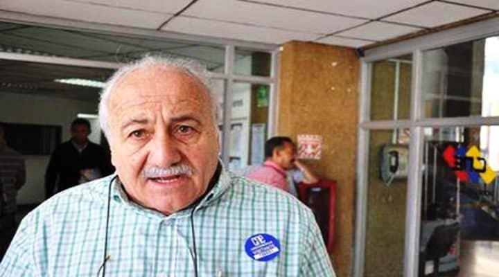 Ricardo Koesling: 'Hay que sacarlos a los dos, a Maduro y a Guaidó'