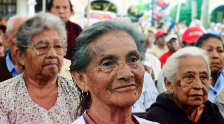 Lo que deben hacer nuevos pensionados para recibir asignación de Amor Mayor