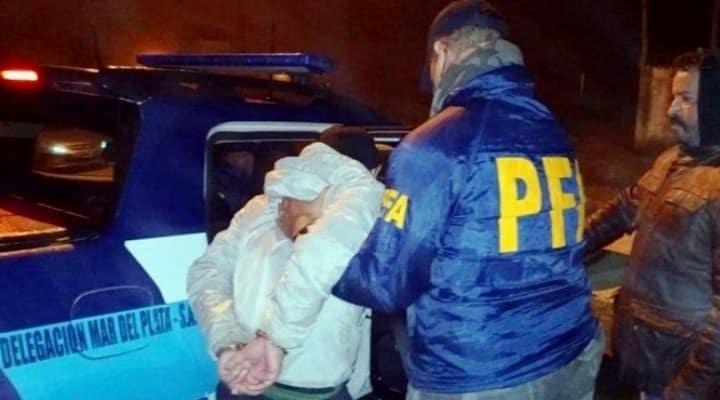 Un profesor mantuvo a dos venezolanas como esclavas s3xu41es en Argentina