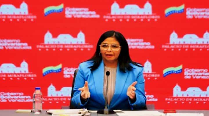 Delcy Rodríguez: Fondos depositados a COVAX fueron bloqueados y están bajo investigación