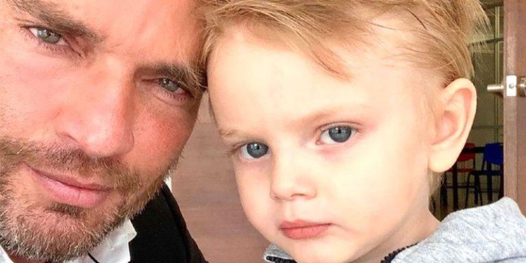 El doloroso mensaje de Julian Gil al ver a su hijo jugar en un vídeo: «Me parte el alma saber que nos perdemos los mejores momentos»
