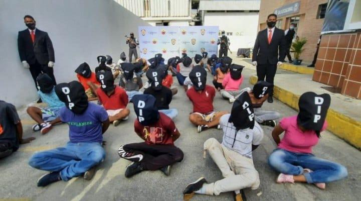 2 funcionarios heridos y 38 detenciones deja el operativo policial en La Vega (+Video)