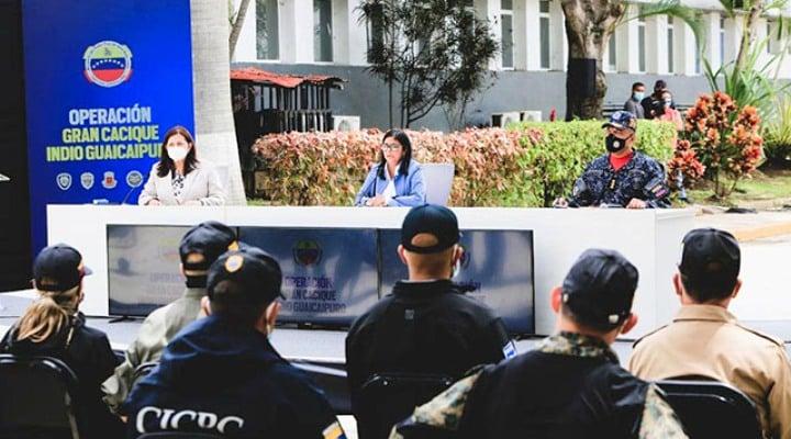 Delcy Rodríguez: «22 delincuentes neutralizados y 3 paramilitares colombianos detenidos en la Cota 905»