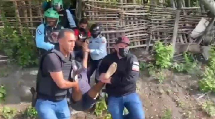 Mataron en La Guaira a alias El Niño y dos gariteros de la Cota 905 (Video)