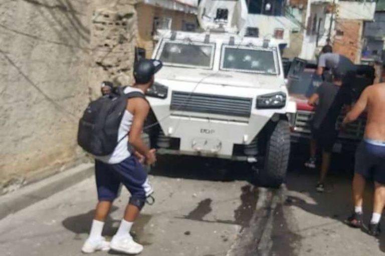 Maleantes hurtaron una tanqueta de la GNB, en barriada de El Valle (+Fotos)