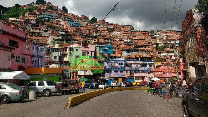 Mujer regresó desde Bolivia para llevarse a sus hijas, y falleció durante hechos de v1ol3nci4 en la Cota 905 (+Detalles)
