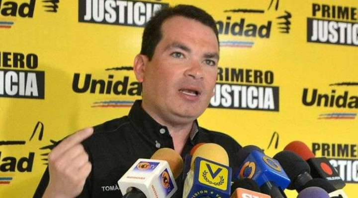 Tomás Guanipa le renuncia a Guaidó para asistir al diálogo en México