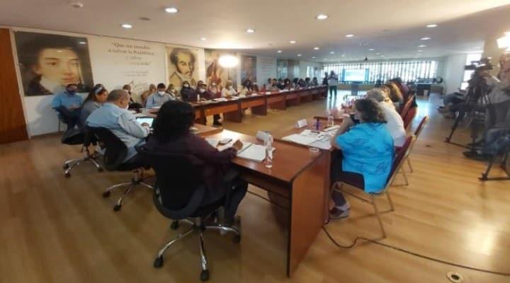 Nicolás Maduro ordenó agilizar los procesos de vacunación para el personal docente a fin de que el nuevo período escolar sea presencial