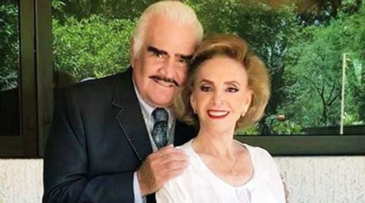 Operan de emergencia a la esposa de Vicente Fernández