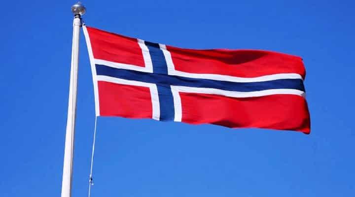 Negociadores de Noruega se retiran de México tras suspensión de diálogo