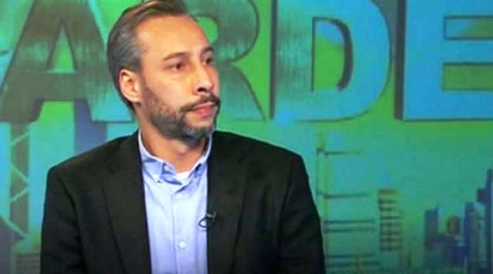 Orden de aprehensión y solicitud de alerta de Interpol en contra del periodista Roberto Deniz (Video)