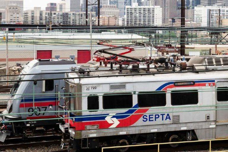 V1ol4r0n a una mujer en un tren en Philadelphia en presencia de otros pasajeros: Nadie hizo nada por ayudarla (+Detalles)